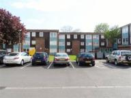 Flat to rent in Baldewyne Court...
