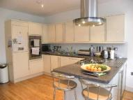 semi detached property to rent in LONGMORE AVENUE, Barnet...