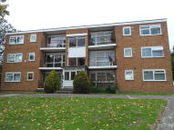 Flat to rent in CHASEVILLE PARK ROAD...