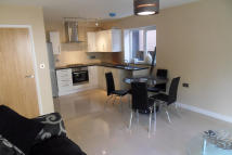 Flat to rent in Leicester Road, Barnet...