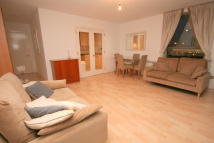 2 bed Apartment in Hertsmere Road, London...
