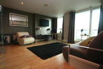 Flat to rent in St. George Wharf, London...