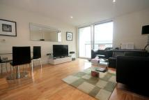 Flat to rent in Lanterns Way, London, E14