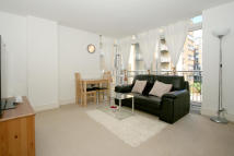 1 bed Flat in Cassilis Road, London...