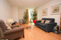 Albert Embankment Flat to rent