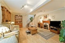 2 bed Town House to rent in RHEIDOL MEWS, London, N1