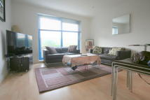 1 bed Studio apartment in Western Gateway, London...