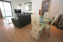 Flat in Crews Street, London, E14