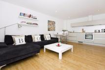 Flat in Hereford Road, London, E3