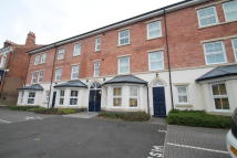 2 bedroom Ground Flat in Park Road, Moseley...