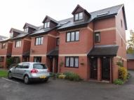 2 bedroom Apartment to rent in Uskvale Mews, Caerleon...