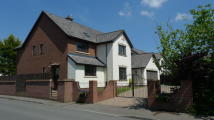 6 bedroom Detached property in East Lynne Gardens...