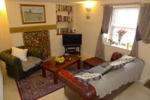 2 bed Cottage in Church Street, Caerleon...