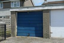 Garage in Woodland View, NP4