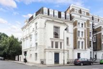 Maisonette to rent in Ladbroke Gardens, London...
