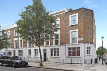 Flat in Ledbury Road, London, W11