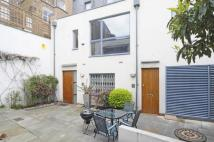 3 bedroom house in Dunworth Mews, London...