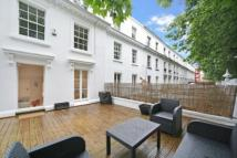 1 bedroom home in Norland Square, London...