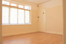 Apartment to rent in Lea Bridge Road