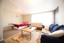 Studio flat in Arden Estate, London, N1