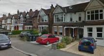 3 bed Ground Flat in Queens Road, Loughton...