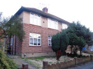 2 bed Ground Flat in OAK WOOD CLOSE...
