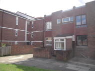 3 bedroom End of Terrace house in STANWAY CLOSE, Chigwell...