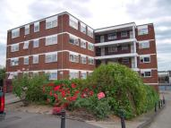 1 bedroom Flat to rent in LYNWOOD CLOSE...