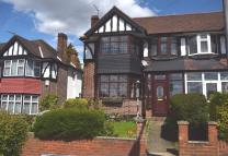 3 bedroom semi detached house in Portman Drive...