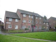 Caspian Walk Flat to rent