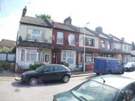 3 bedroom Terraced house in Falcon Street, London...