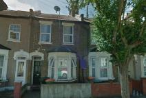 3 bed Terraced property in TWEEDMOUTH ROAD, London...