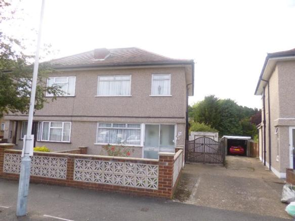 bedroom semi detached house for sale in mansfield drive hayes