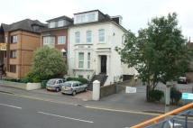 1 bed Flat to rent in Gresham Road...