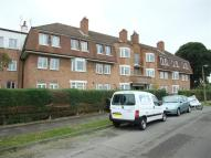 Flat to rent in Oakhall Court...