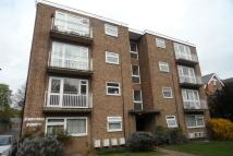 Flat to rent in Shortlands Road...
