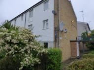 Ground Maisonette to rent in Staines Walk, Sidcup...
