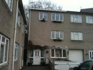 3 bedroom Town House in 9 Beech Court...