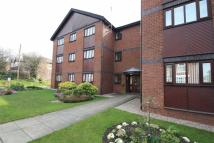 Flat to rent in Lychwood, Station Road...