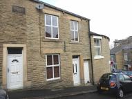 3 bedroom Terraced property in Union Street, Glossop