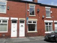2 bedroom Terraced property in Pitt Street, Edgeley...