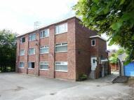 2 bedroom Flat in Kensington Court, Denton...