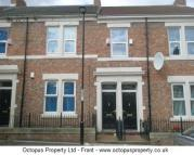 3 bedroom Flat to rent in Dilston Road...