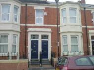 3 bedroom Flat to rent in Wingrove Avenue...