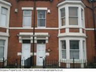 Studio apartment in Wingrove Road, flat 2...