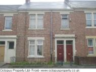 Flat to rent in Croydon Road...
