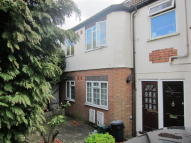 Maisonette for sale in Carr Road, Greenford, UB5