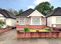 2 bedroom Detached Bungalow for sale in Ravenor Park Road...