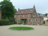 5 bedroom Detached property to rent in Hall Square...