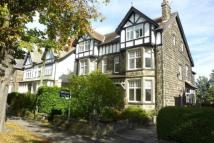 Flat to rent in Lancaster Park Road...